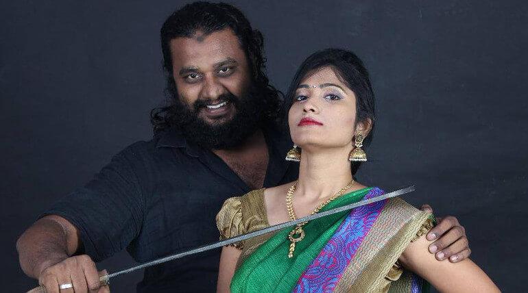 பிக் பாஸ் ஜூலி-யை திரையுலகிற்கு அறிமுகப்படுத்தும் இயக்குனர்
