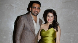 zaheer khan marriage images