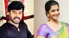 rk suresh new movie heroine
