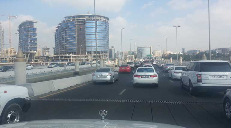 dubai roads and rules