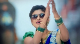 oviya jimikki kammal dance in saravana stores ad