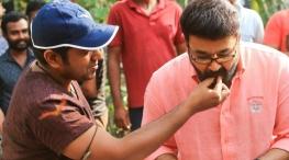 mohanlal joins nivin pauly film