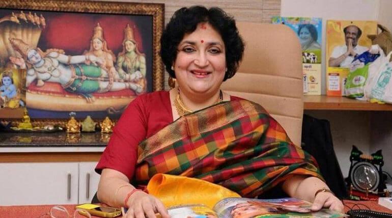 Latha Rajinikanth should pay 6.2 crore within 12 weeks for kochadaiiyaan movie issue