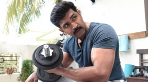 Joined With Chekka Chivantha Vaanam Movie Shooting. Photo Credit ArunVijay @arunvijayno1 (Twitter)