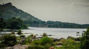 திமுக அதிமுக ஒன்றிணைந்து நாடாளுமன்றத்தின் எதிரே போராட்டம்.cauvery river representation image. Image credit: Aswin Kumar/flickr
