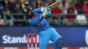 முத்தரப்பு T20 கோப்பை தினேஷ் கார்த்திக்கின் அதிரடி ஆட்டத்தால் இந்தியா த்ரில் வெற்றி.