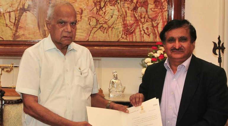 எம்கே சூரப்பா அண்ணா பல்கலைக்கழக துணை வேந்தராக நியமிக்கப்பட்டுள்ளார்.