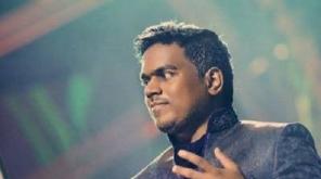 பிரபல இசையமைப்பாளர் யுவன் சங்கர் ராஜாவின் கார் திருடப்பட்டுள்ளதாக போலீஸ் நிலையத்தில் புகார் அளிக்கப்பட்டுள்ளது.