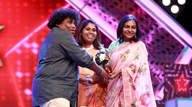 காமெடி நடிகர் யோகி பாபு ஜி தமிழ் 2018 ஆண்டுக்கான காமெடி கில்லாடி விருதினை பெற்றுள்ளார்.