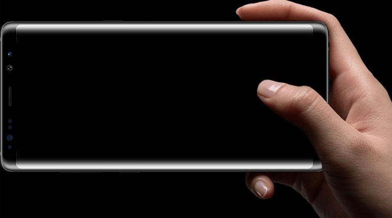 ஐஸ் யூனிவெர்ஸ் (Ice Universe) என்பவர் வெளியிட்ட சாம்சங் கேலக்ஸி நோட் 9 மாடலின் முன்பக்க பேனல் இணையத்தில் வைரலாகி வருகிறது. Photo Credit Samsung.com